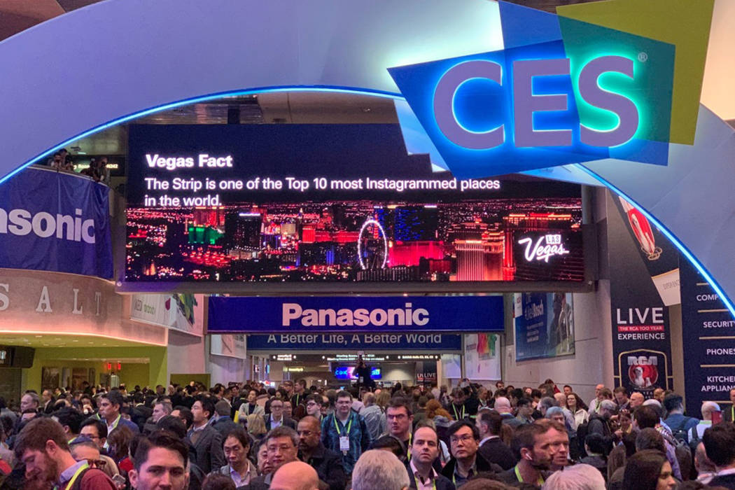 Show attendees enter CES at the Las Vegas Convention Center on Tuesday, Jan. 8, 2019. (Todd Prince/Las Vegas Review-Journal)