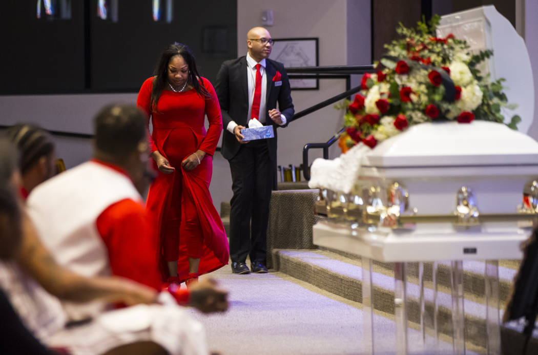 Timika Thomas, left, during the memorial service for her son, Kwavon'tia Thomas, at Unity Baptist Church in Las Vegas on Saturday, Jan. 12, 2019. Thomas, 18, died in a Christmas Eve shooting in No ...
