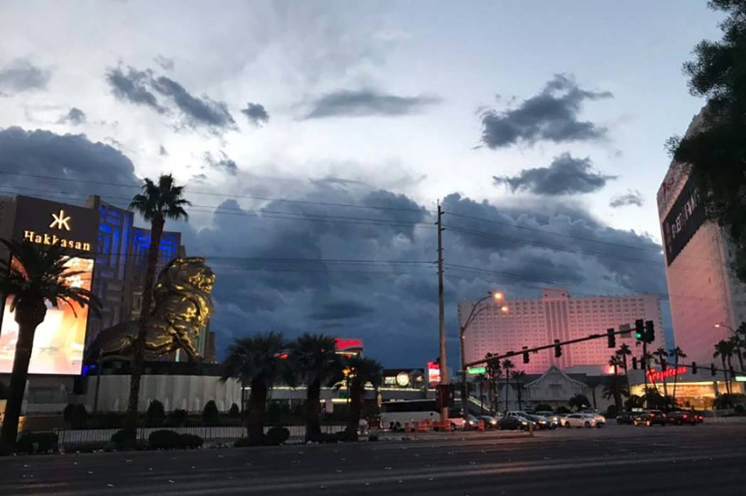 Storm clouds hover over the Las Vegas Strip Monday, Oct. 22, 2018. (Max Michor/Las Vegas Review-Journal)