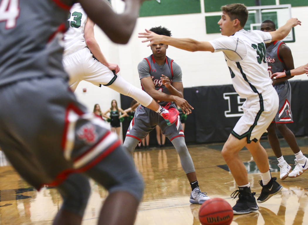 Arbor View's guard Ziyon White (1) passes to a teammate during a basketball game at Palo Verde High School in Las Vegas on Thursday, Jan. 17, 2019. Chase Stevens Las Vegas Review-Journal @cssteven ...