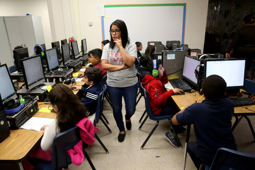 Yahaira Vega monitors a second grade math test at Tate Elementary in Las Vegas Thursday, Jan. 17, 2019. (K.M. Cannon/Las Vegas Review-Journal) @KMCannonPhoto