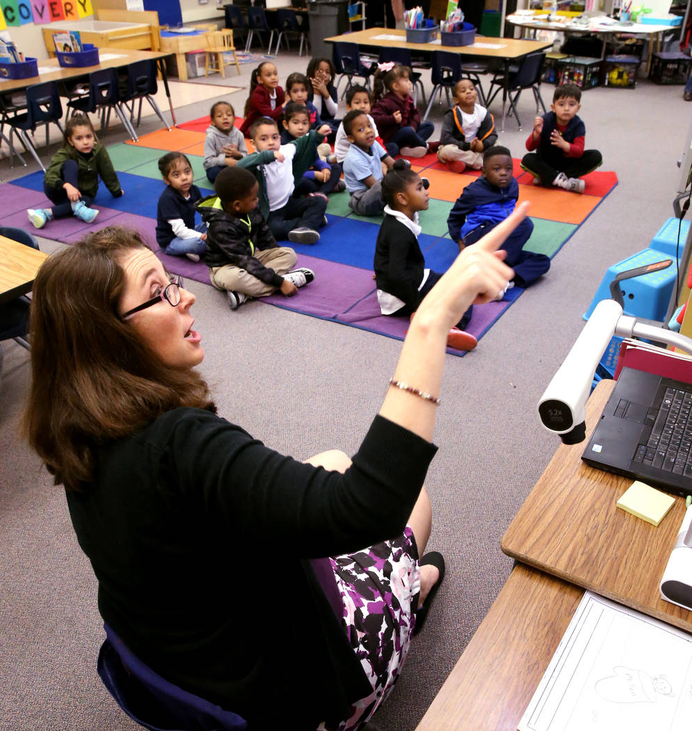 Kindergarten teacher Virginia Mosier works on a writing exercise with her students at Tate Elementary in Las Vegas Thursday, Jan. 17, 2019. (K.M. Cannon/Las Vegas Review-Journal) @KMCannonPhoto
