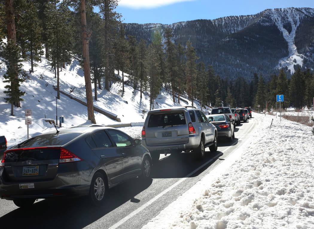 Heavy traffic is seen on Nevada State Route 156 as skiers head to Lee Canyon on Friday, Jan. 18, 2019. Bizuayehu Tesfaye/Las Vegas Review-Journal @bizutesfaye