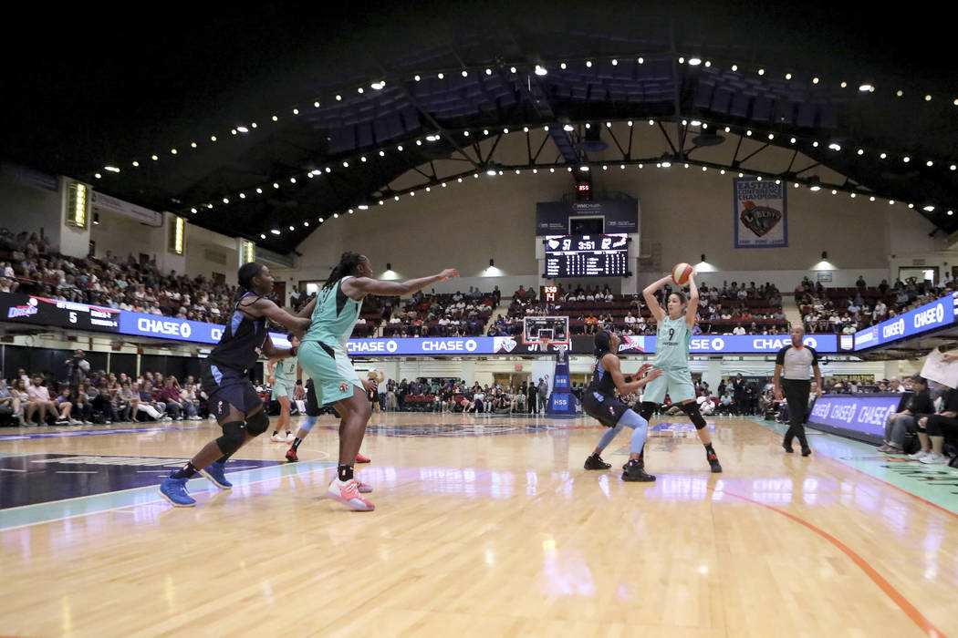 An overall, general view of the New York Liberty against the Atlanta Dream in the second half of a WNBA basketball game, Sunday, Aug. 12, 2018 in New York. The Atlanta Dream won the game. (AP Phot ...