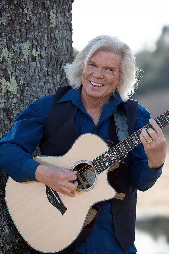 John Davidson will perform a fundraising show on Friday, Jan. 25 at the home of Penn & Emily Jillette. (AFAN)