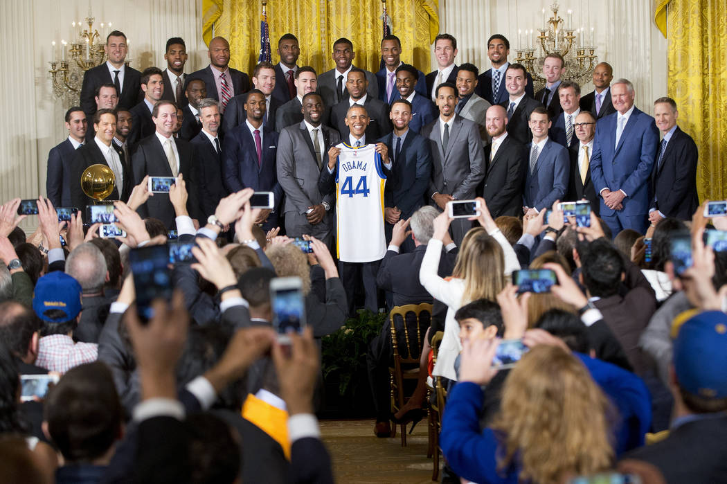Warriors meet with Obama instead of Trump visit at White