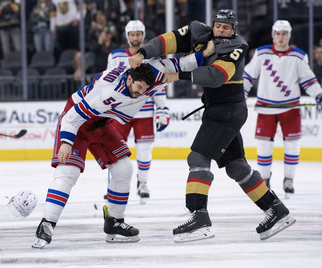 super popular 0965b 81a99 Golden Knights' Ryan Reaves perfects the craft of fighting ...
