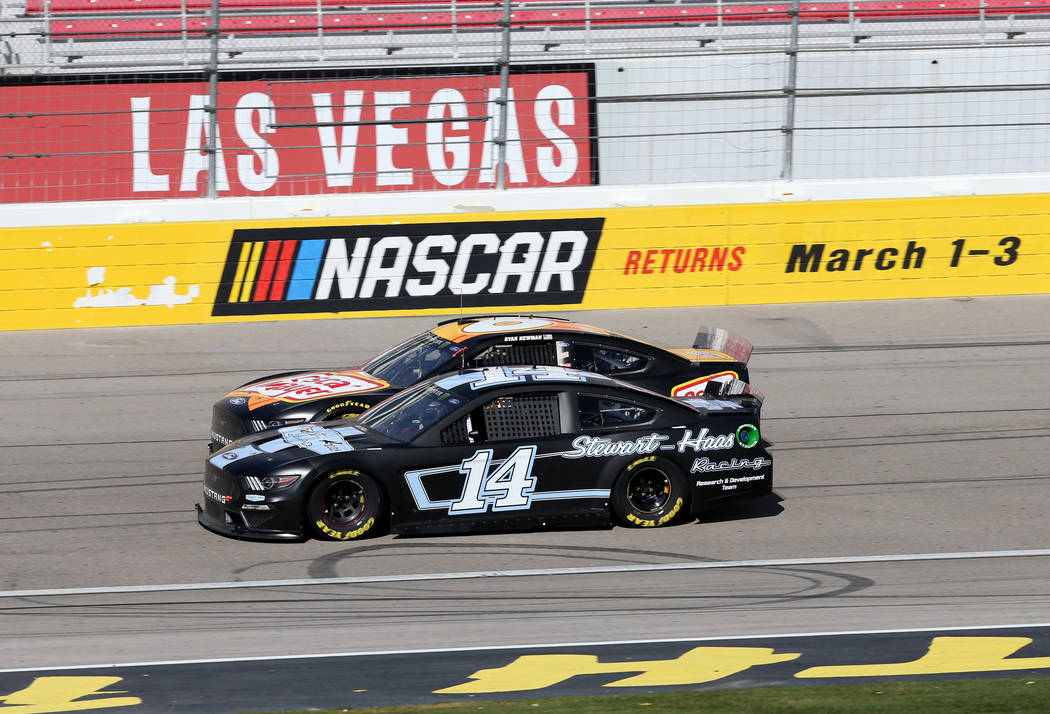 NASCAR drivers Clint Bowyer (14) and Ryan Newman (6) run side-by-side during testing at Las Vegas Motor Speedway Thursday, Jan. 31, 2019. (K.M. Cannon/Las Vegas Review-Journal) @KMCannonPhoto