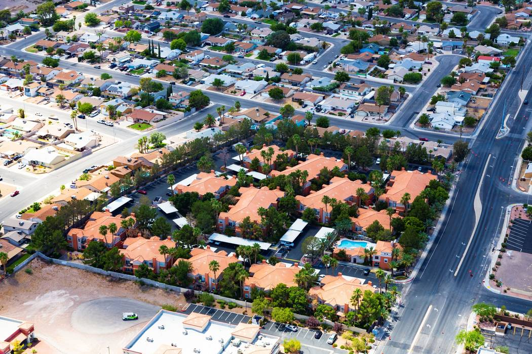 Oak Residential Partners bought the 124-unit Madison at Black Mountain apartment complex, seen above, at 640 E. Horizon Drive in Henderson. (Oak Residential Partners)