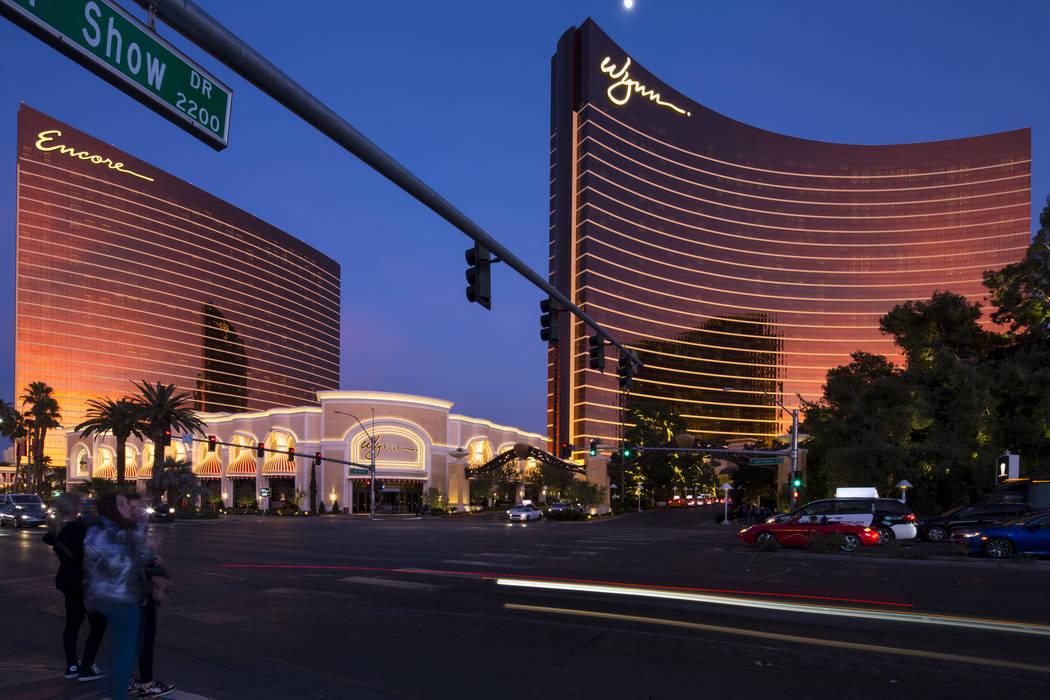 Encore and Wynn Las Vegas (Richard Brian/Las Vegas Review-Journal) @vegasphotograph