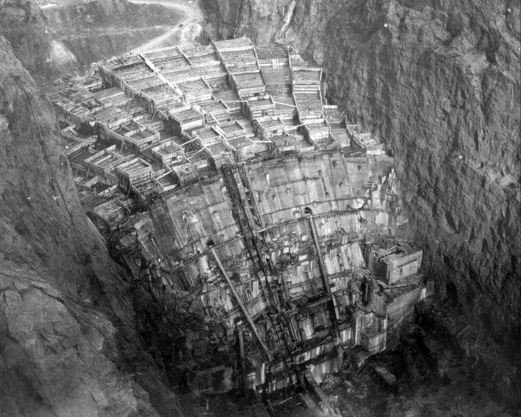 Construction of Hoover Dam. (Library of Congress)