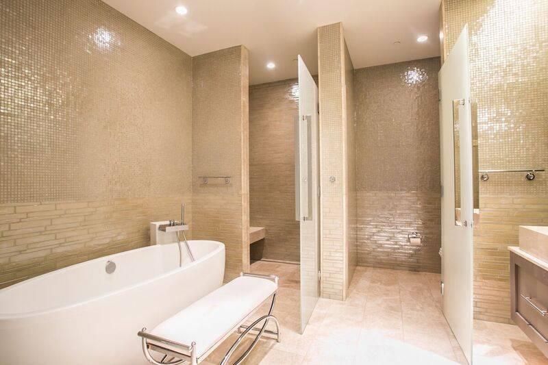 The master bath in unit 4502 in Waldorf Astoria. (Award)