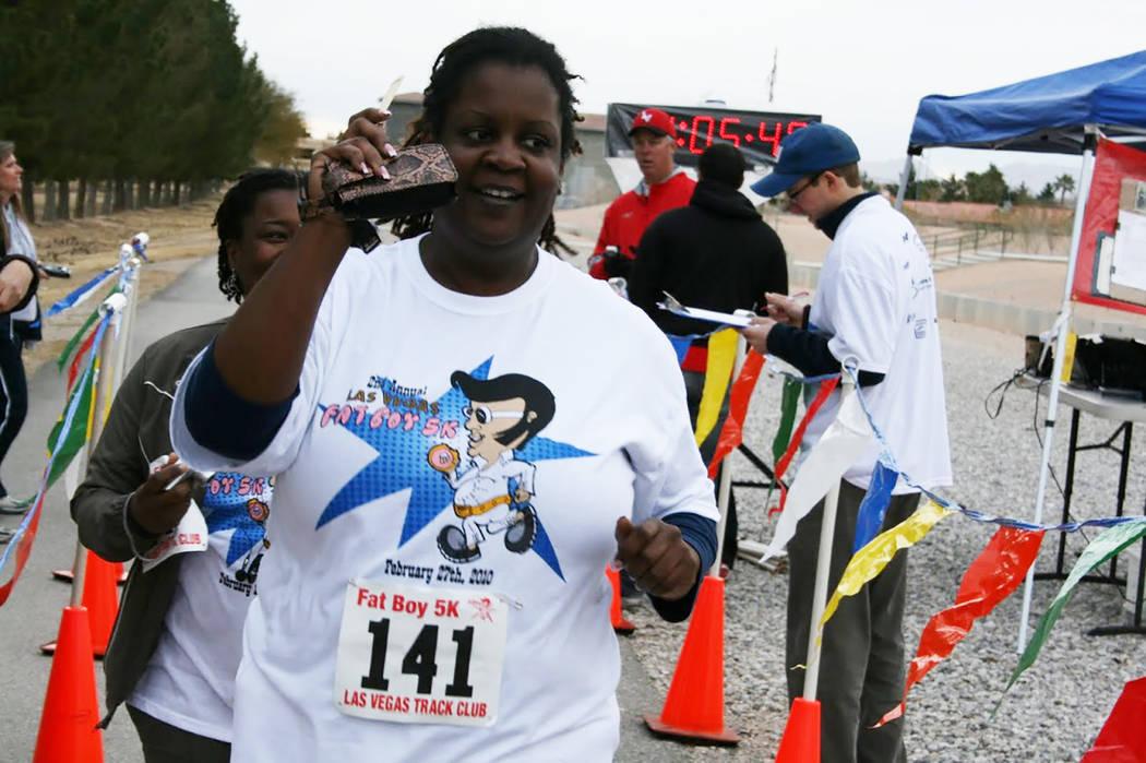 Participants take part in the 2010 Las Vegas Fat Boy 5k/1-mile fun run. (Tim Kelly/Las Vegas Track Club)