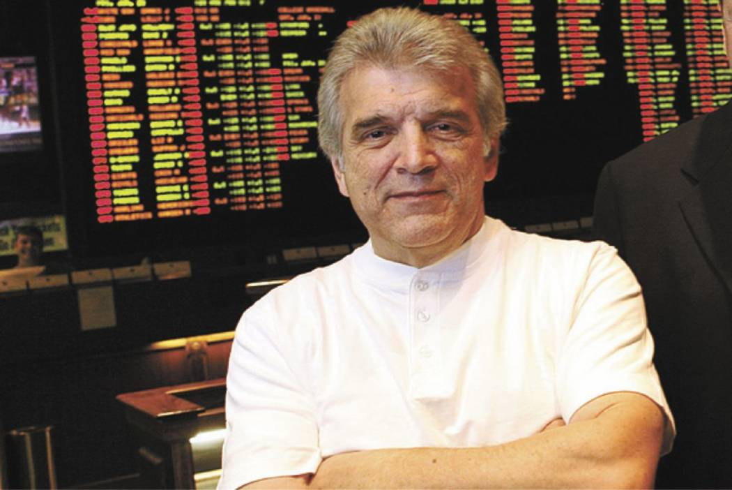 RJ FILE*** MARLENE KARAS/REVIEW-JOURNAL Book maker Jimmy Vaccaro, left, stands next to former Cantor G&W executive Joe Asher in the race and sports book inside the Plaza hotel-casino on Frid ...