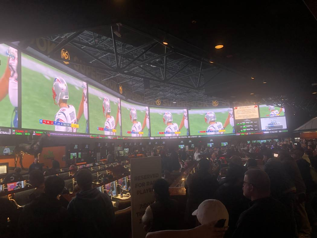 The Westgate Superbook, filled with 1,500 fans, is shown on Sunday, Feb. 3, 2019. John Katsilometes/Las Vegas Review-Journal @JohnnyKats