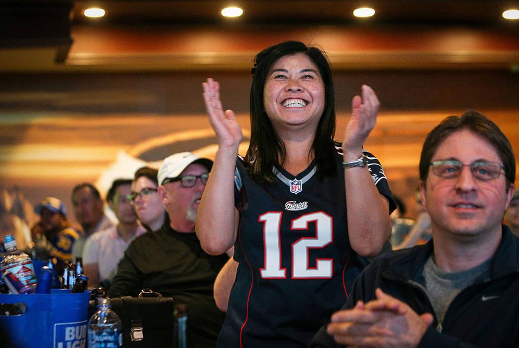Las Vegas sportsbooks sweat out several 500-1 Super Bowl