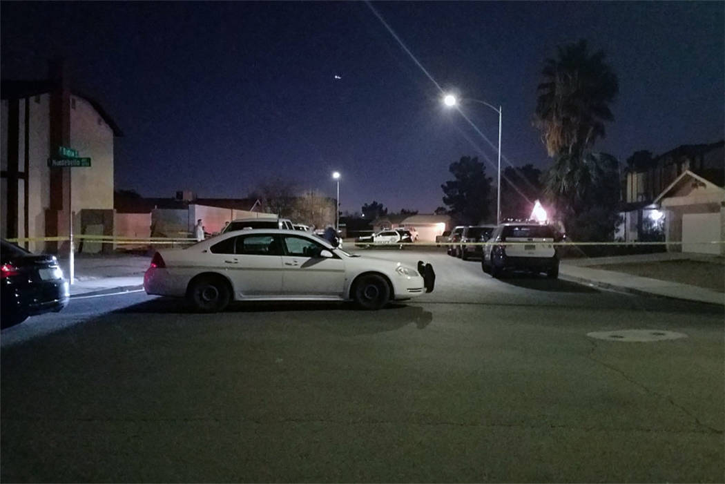 Las Vegas police investigate in the 4700 block of Montebello Avenue on Sunday, Jan. 27, 2019. (Mike Shoro/Las Vegas Review-Journal)