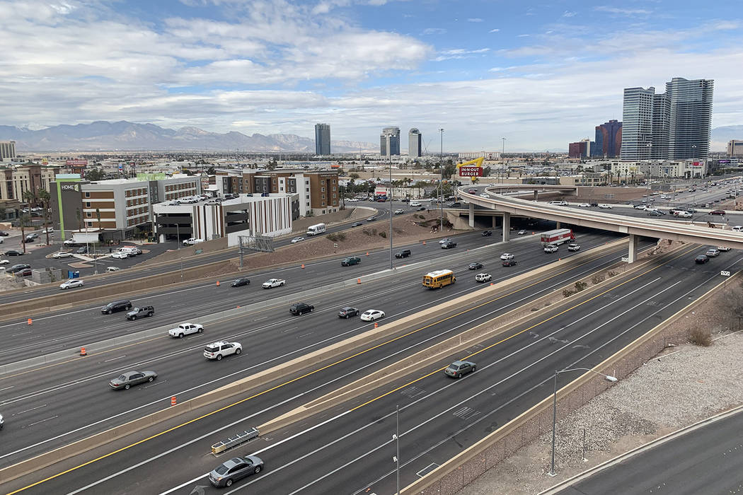 Traffic flows on stretch of Interstate 15 northbound near the Tropicana Avenue offramp on Jan. 31, 2019. (Mick Akers/Las Vegas Review-Journal)
