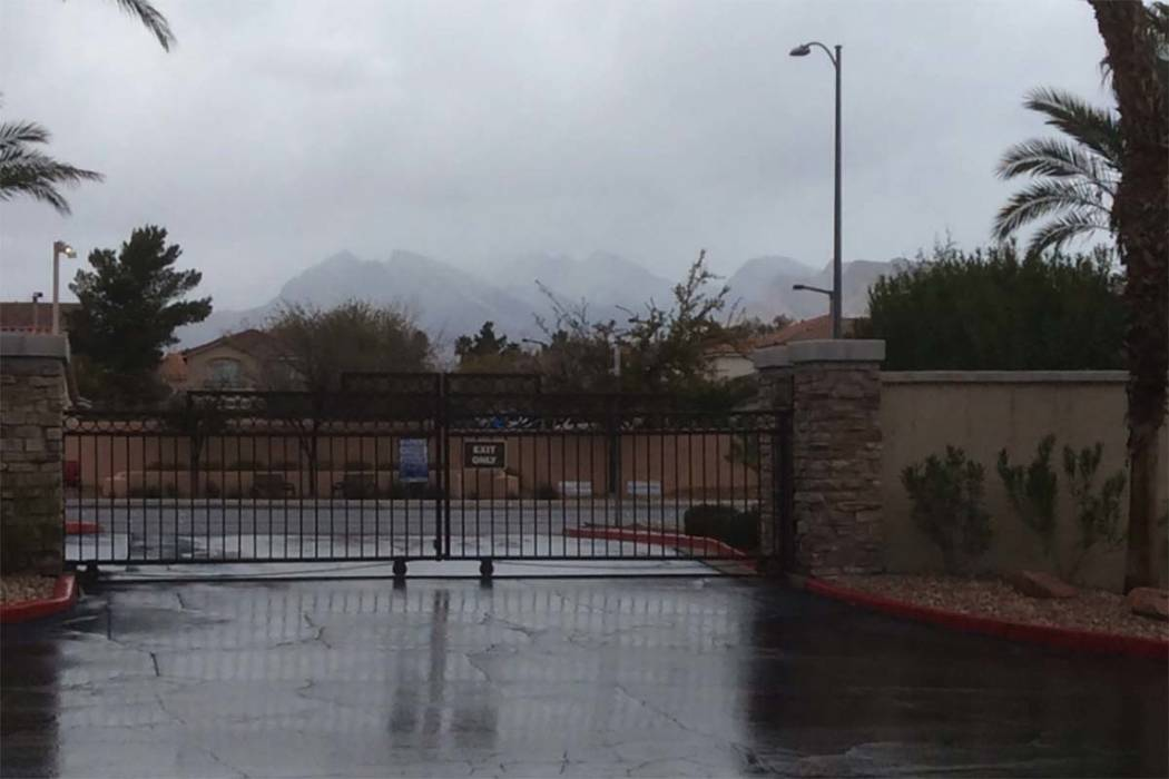 Rain and freezing rain is moving into the Las Vegas Valley from the west, Tuesday, Feb. 5, 2019. (Karl Kistner/Las Vegas Review-Journal)
