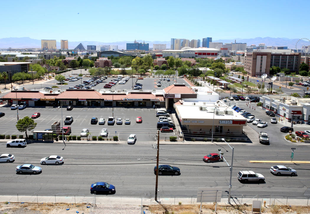 S. Maryland Parkway as seen from the roof of a parking garage on Friday, June 9, 2017. Bizuayehu Tesfaye/Las Vegas Review-Journal @bizutesfaye