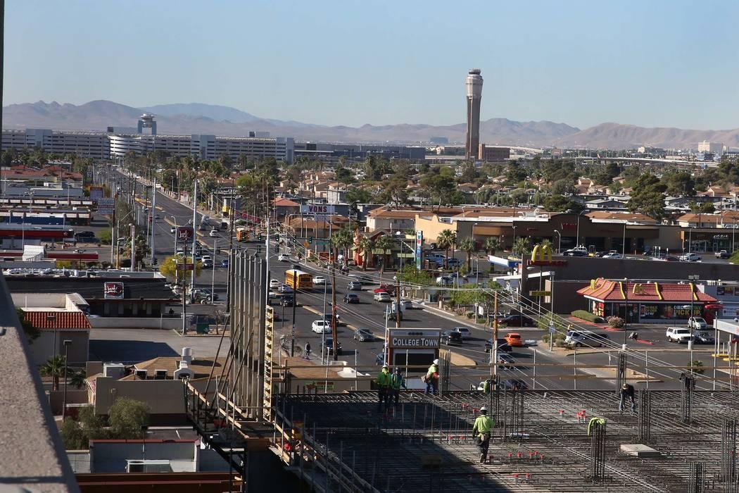 Maryland Parkway in Las Vegas. Bizuayehu Tesfaye / Las Vegas Review-Journal @bizutesfaye