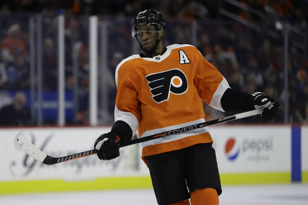 Philadelphia Flyers' Wayne Simmonds in action during an NHL hockey game against the St. Louis Blues, Monday, Jan. 7, 2019, in Philadelphia. (AP Photo/Matt Slocum)