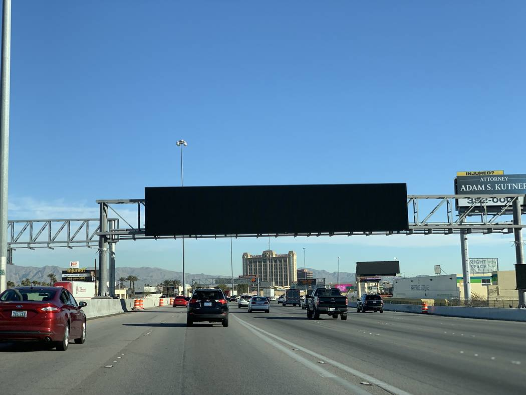 Las Vegas I-15 closures to be worth it when electronic signs