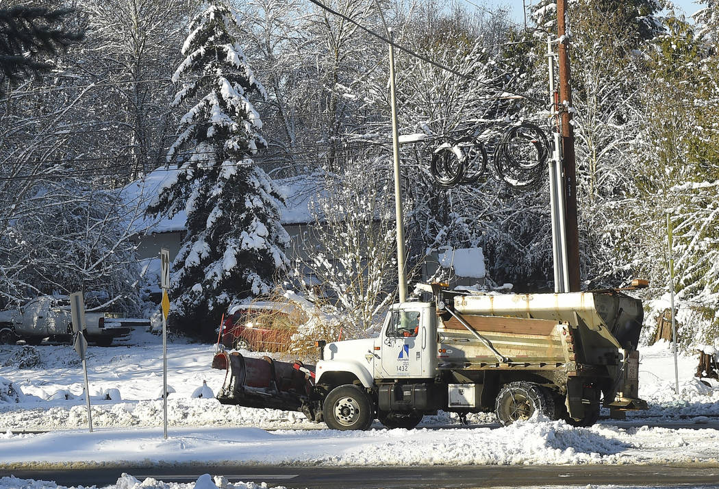 Washington state hit by more snow and ice storms