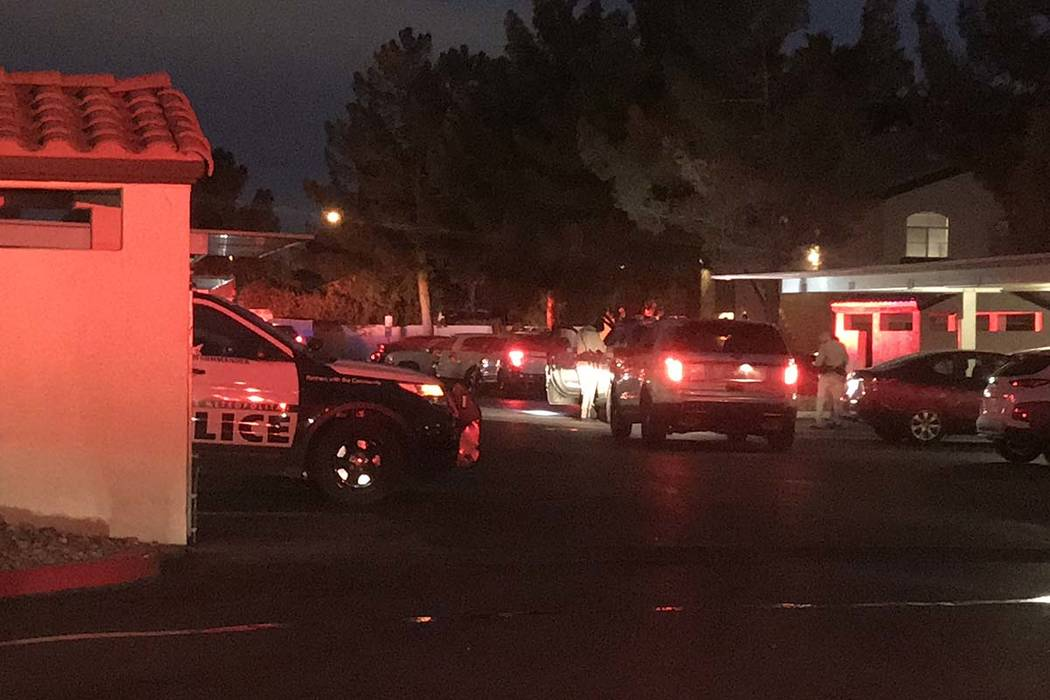 A man was shot twice Wednesday morning, Feb. 13, 2019, during an argument at the Mirasol Apartments. (Lukas Eggens/Las Vegas Review-Journal)