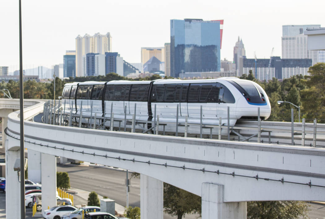 A northbound monorail approaches Convention Center Station on Tuesday, Feb. 12, 2019, in Las Vegas. (Benjamin Hager/Las Vegas Review-Journal) @BenjaminHphoto