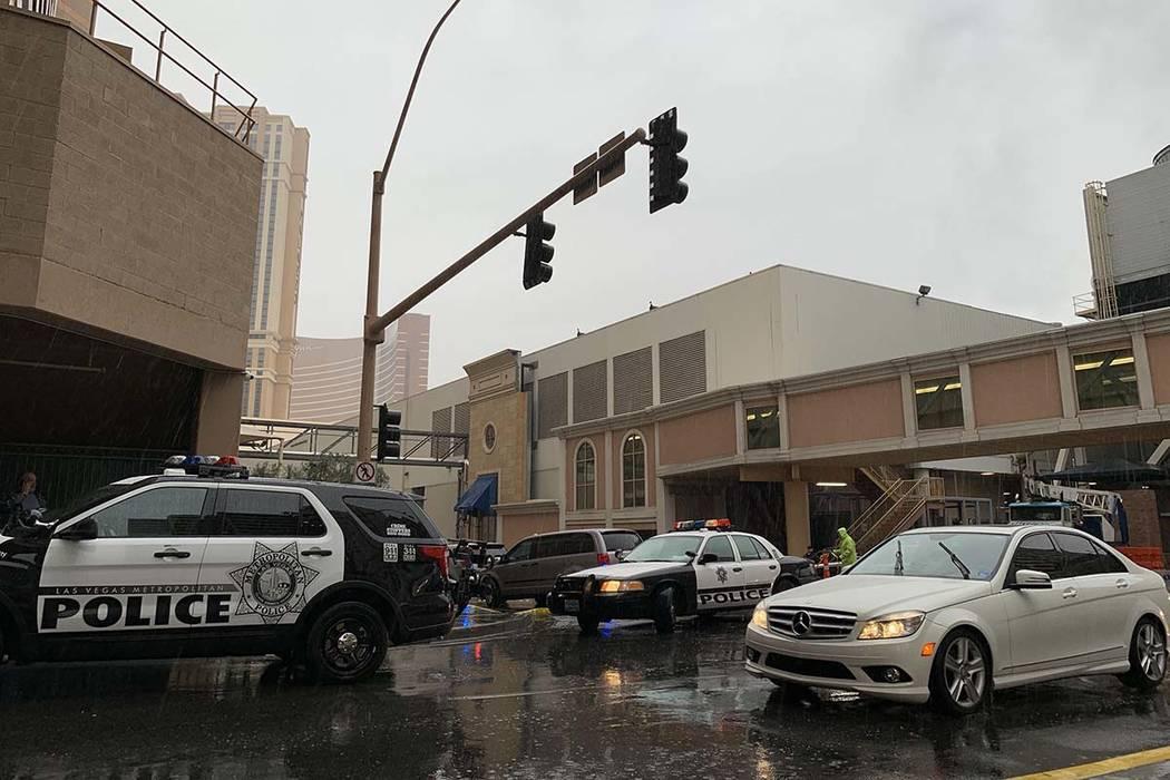 Las Vegas police investigate a fatal crash involving a pedestrian and a bus on Krueger Drive behind The Venetian on the Las Vegas Strip, Thursday, Feb. 14, 2019. (Jessica Terrones/Las Vegas Review ...