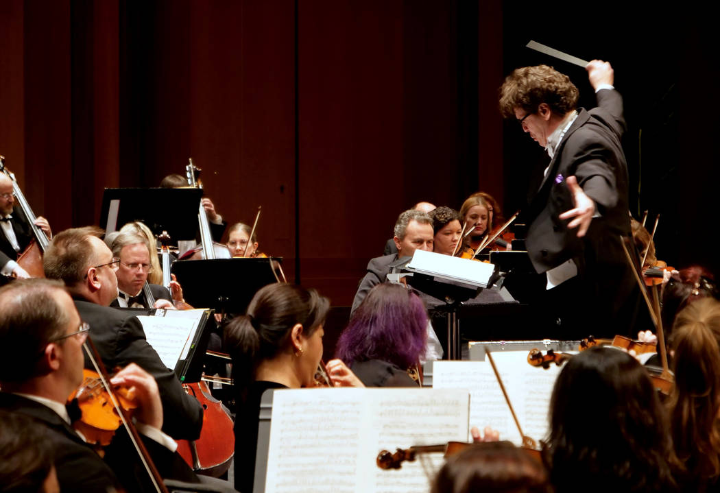 Donata Cabrera leads the orchestra (Las Vegas Philharmonic)