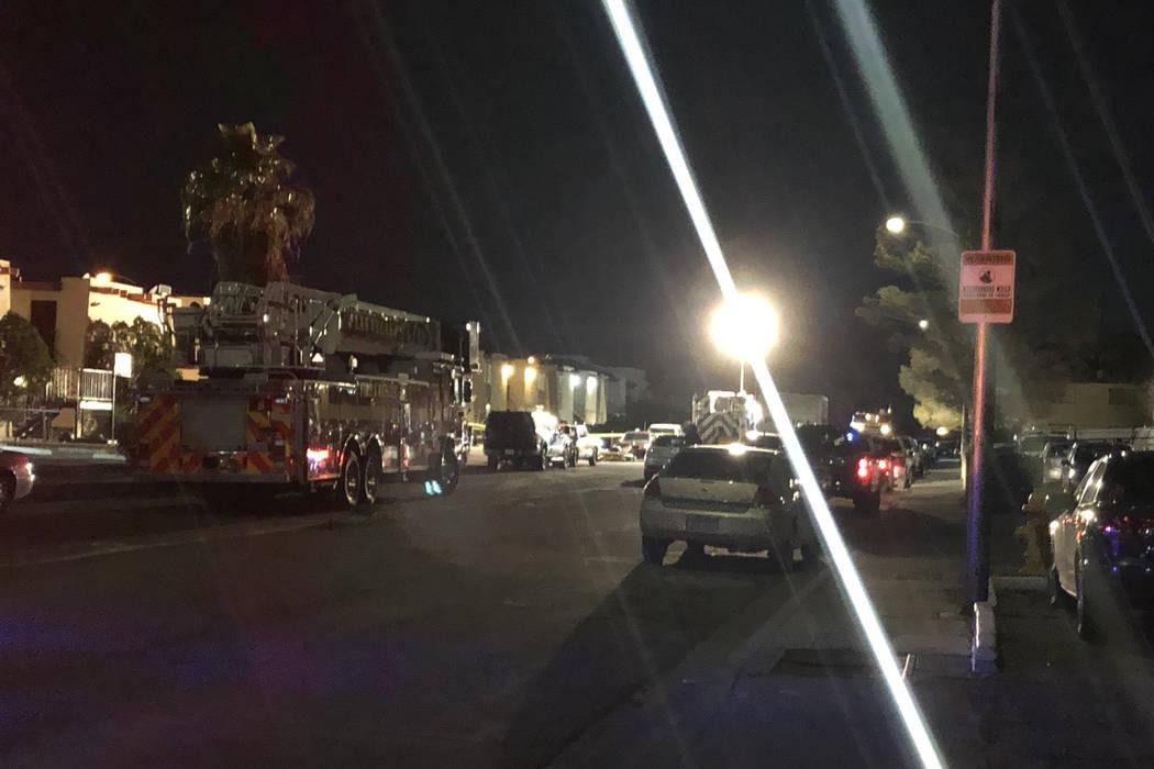 Las Vegas police investigate a possible hazardous substance at an apartment complex on the 5300 block of Retablo Avenue on Tuesday, Feb. 29, 2019. (Katelyn Newberg/Las Vegas Review-Journal)