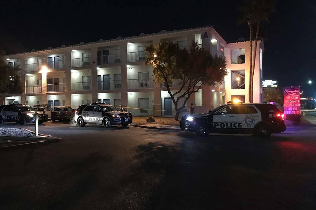Las Vegas police investigate a stabbing on Wednesday, Feb. 20, 2019, at Kensington Suites, 220 W. Bonanza Road. (Lukas Eggen/Las Vegas Review-Journal)