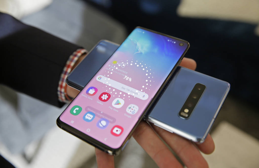 The wireless power charging feature for the new Samsung Galaxy S10 smartphones is demonstrated during a product preview in San Francisco, Tuesday, Feb. 19, 2019. (Eric Risberg/AP)