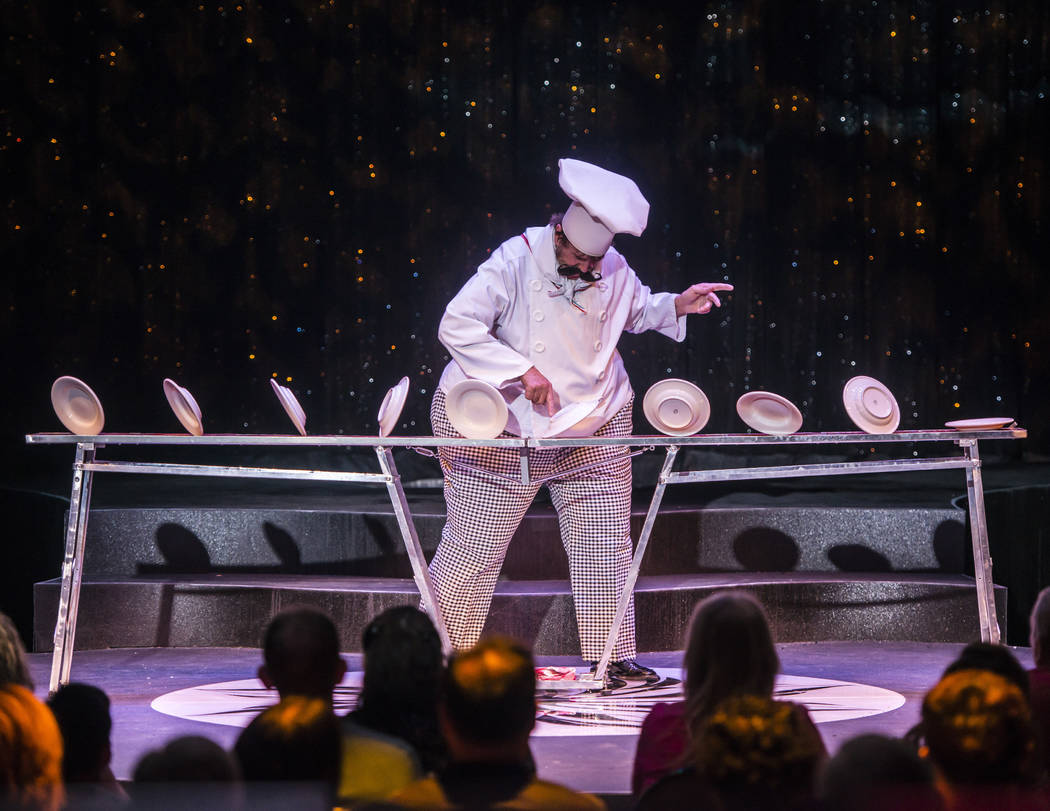 """Victor Ponce is among the stars of the variety production """"Wow"""" at the Rio. (Roi B.)"""