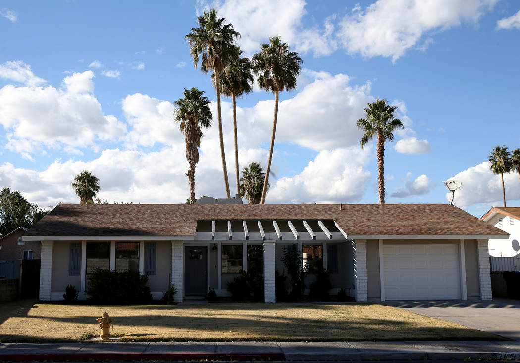 8f8cde245 The home of Billi Dunning and her husband Brent Hawthorne at 2405 La  Estrella St.