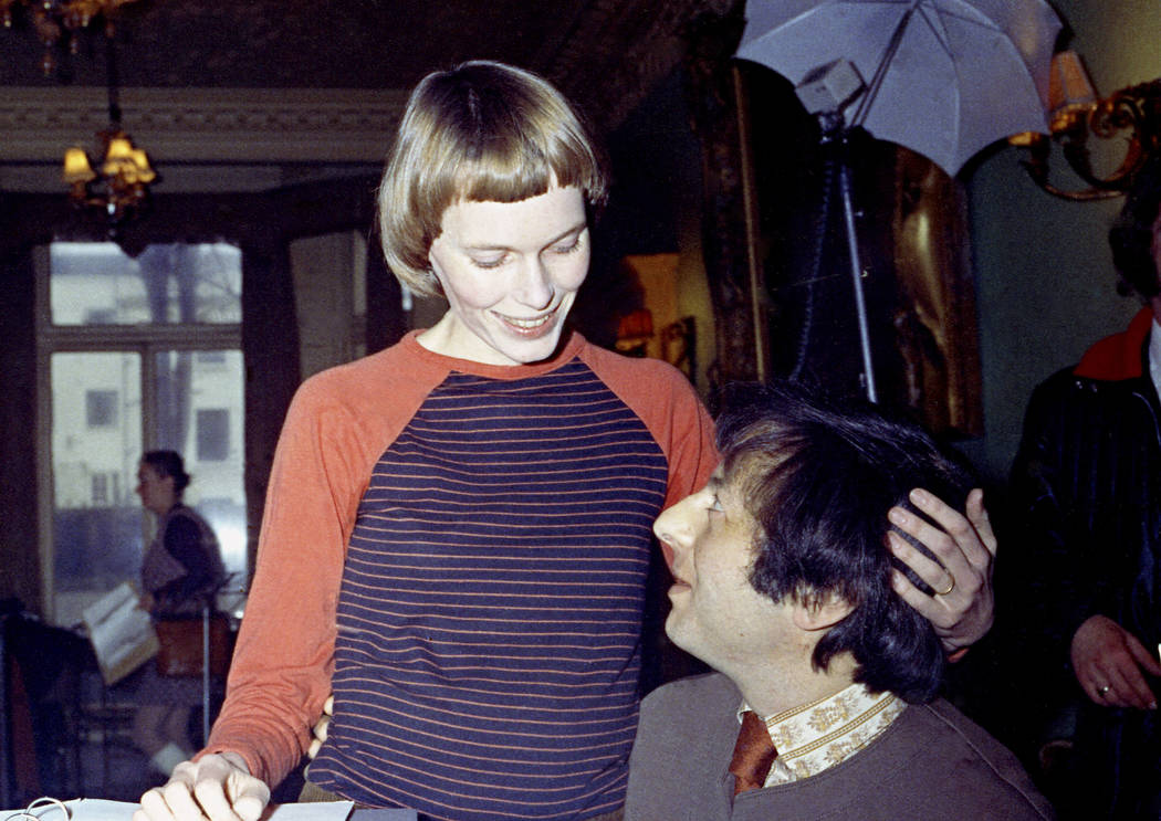 Actress Mia Farrow, left, and her then-husband Andre Previn appear during a rehearsal for a concert together in 1971. Previn died in his Manhattan home, Thursday, Feb. 28, 2019. He was 89. (Bob De ...