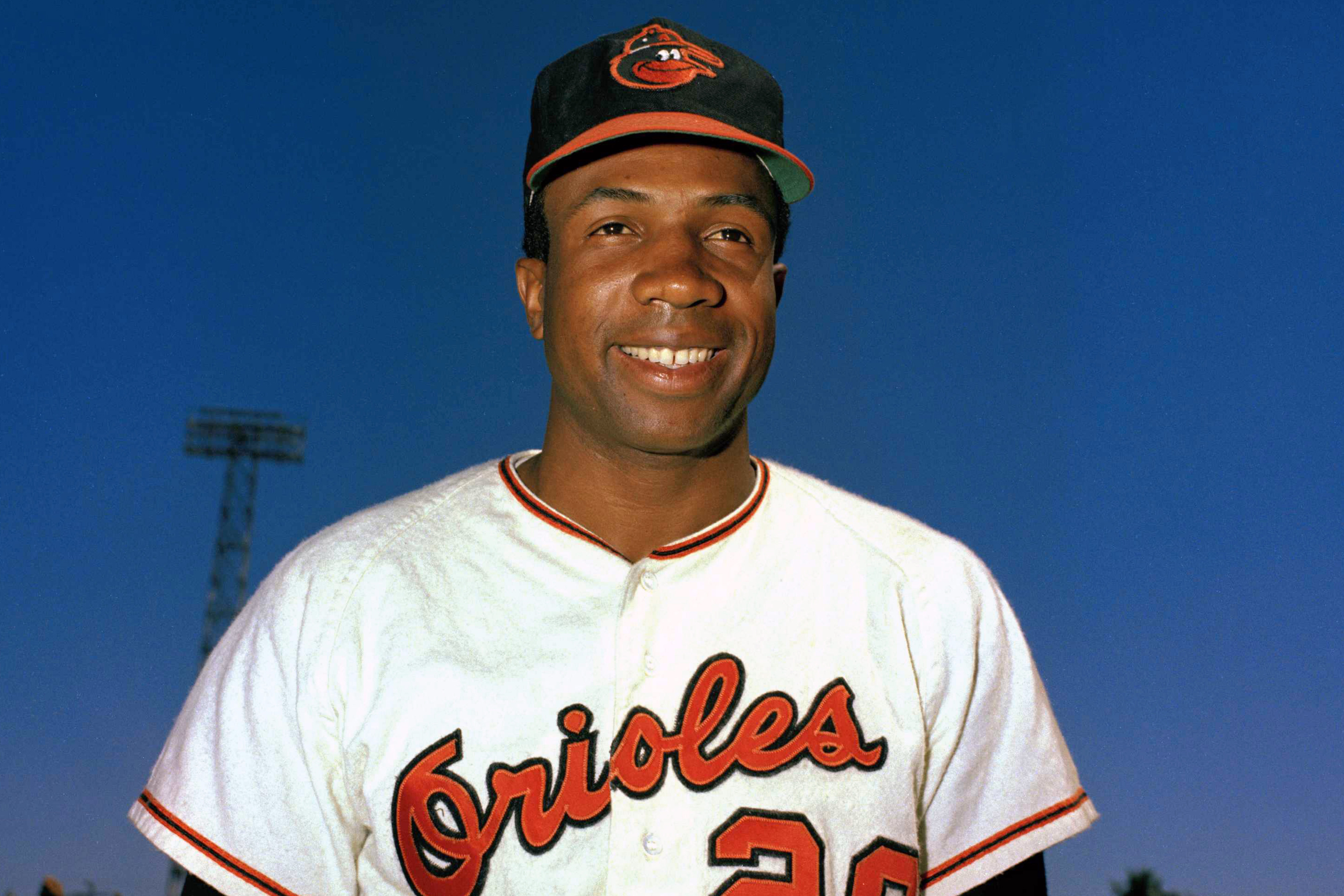 Frank Robinson First Black Mlb Manager Dies At 83 Las