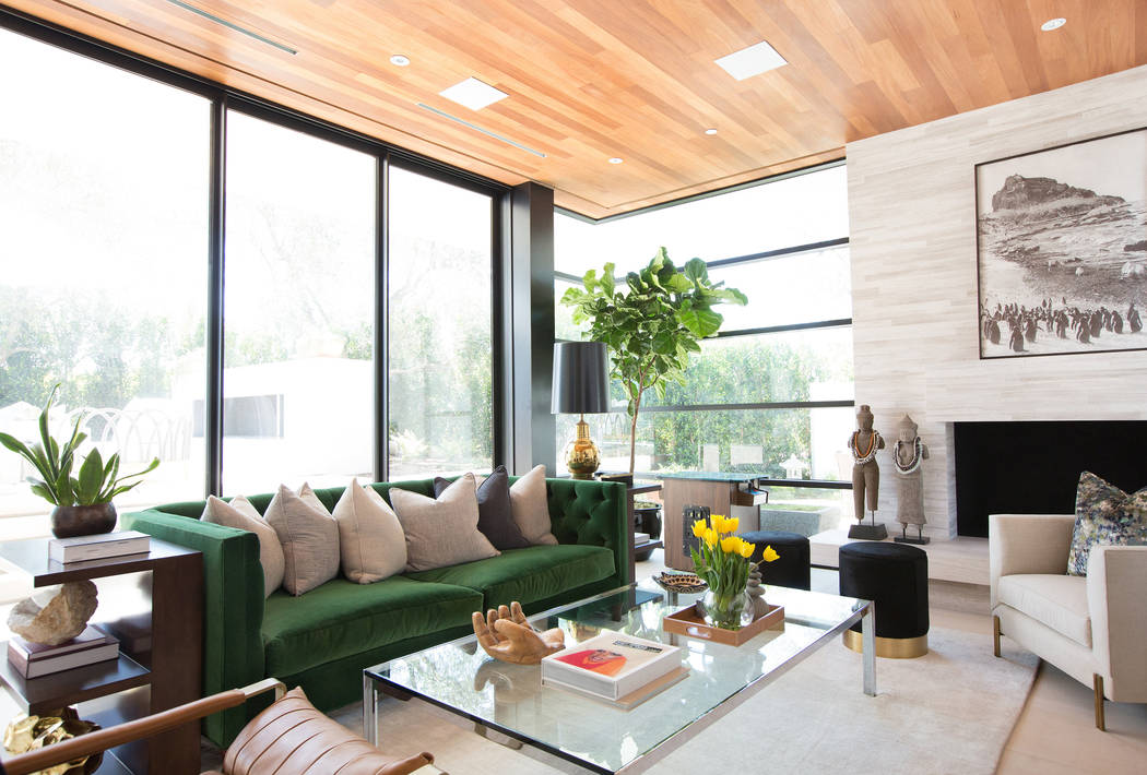 Western home design is a natural transition to the outdoors so rooms become one large space. (Tessa Neustadt/Blackband Design)