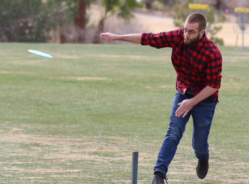 Tom Hays of Wisconsin throws his disc during practice at Wildhorse Golf Club on Wednesday, Nov. 20, 2019, in Henderson. Bizuayehu Tesfaye Las Vegas Review-Journal @bizutesfaye