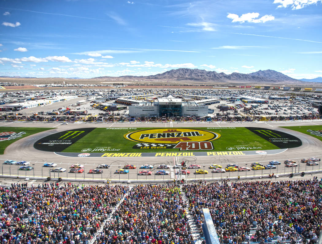 Racers line up to start the Monster Energy NASCAR Cup Series Pennzoil 400 on Sunday, March 3, 2019, at Las Vegas Motor Speedway, in Las Vegas. (Benjamin Hager Review-Journal) @BenjaminHphoto