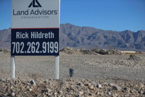 The corner of Grand Montecito Parkway and Deer Springs Way in Las Vegas where KB Home has filed plans for a 60-acre housing, Tuesday, Jan. 22, 2019. Erik Verduzco/Las Vegas Review-Journal) @Erik_V ...