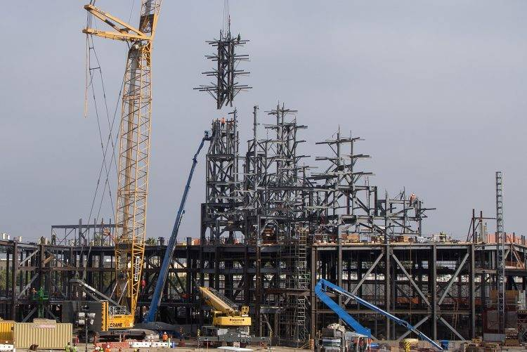 On August 21, 2017, construction teams installed the highest steel beam for Star Wars: Galaxy's Edge, a new Star Wars-themed land coming to Disneyland Resort in Anaheim, Calif., in 2019. (Rob S ...
