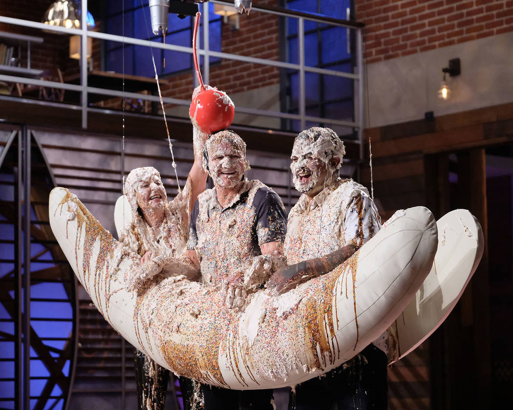"""MASTERCHEF JUNIOR: Host / judge Gordon Ramsay (C) with judges Christina Tosi (L) and Aarón Sanchez (R) in the """"Junior Edition: New Kids on the Block / Going Bananas"""" special tw ..."""