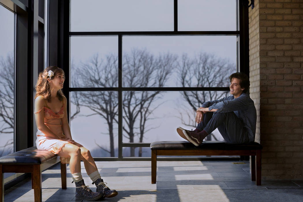 Haley Lu Richardson and Cole Sprouse in FIVE FEET APART. (CBS Films)