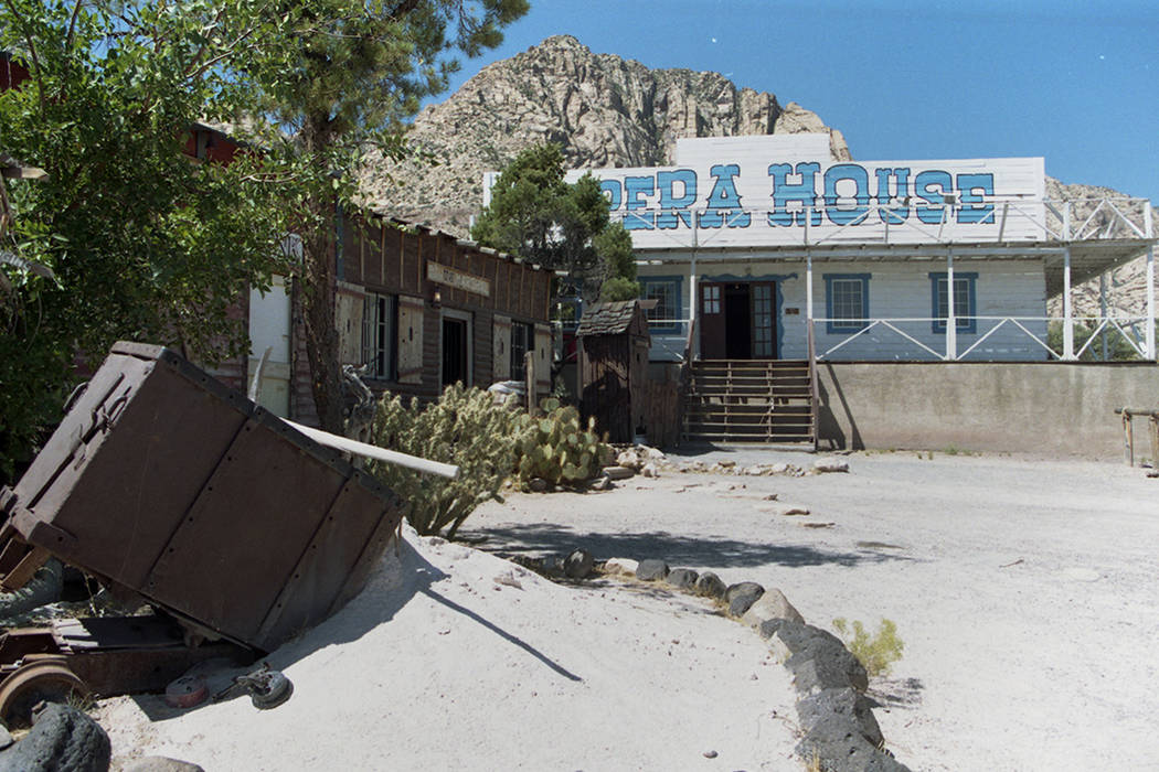 The Old Nevada Mining Town at Bonnie Springs, August 1997. (Las Vegas Review-Journal file)