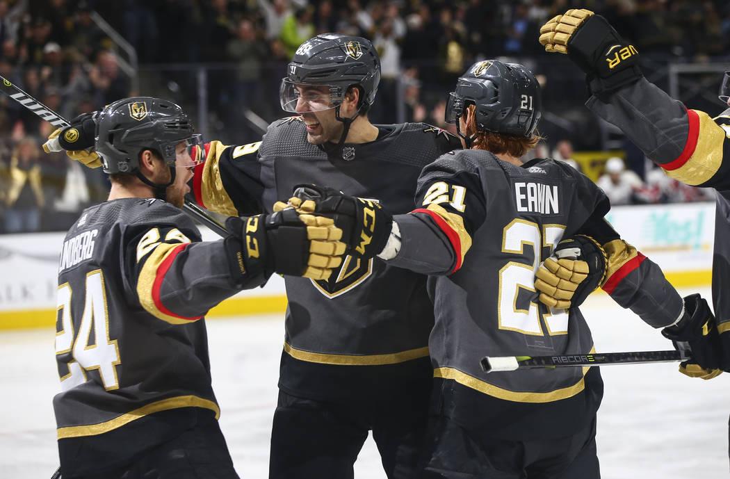 Alex Tuch, Cody Eakin bring defense to Golden Knights' third line
