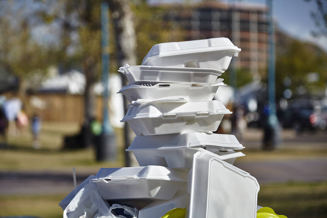 White styrofoam containers (Getty Images)