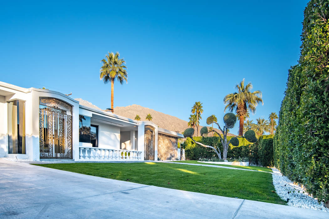 This 1969 Palm Springs home has been listed for $1.737 million. (Berkshire Hathaway HomeServices California Properties)